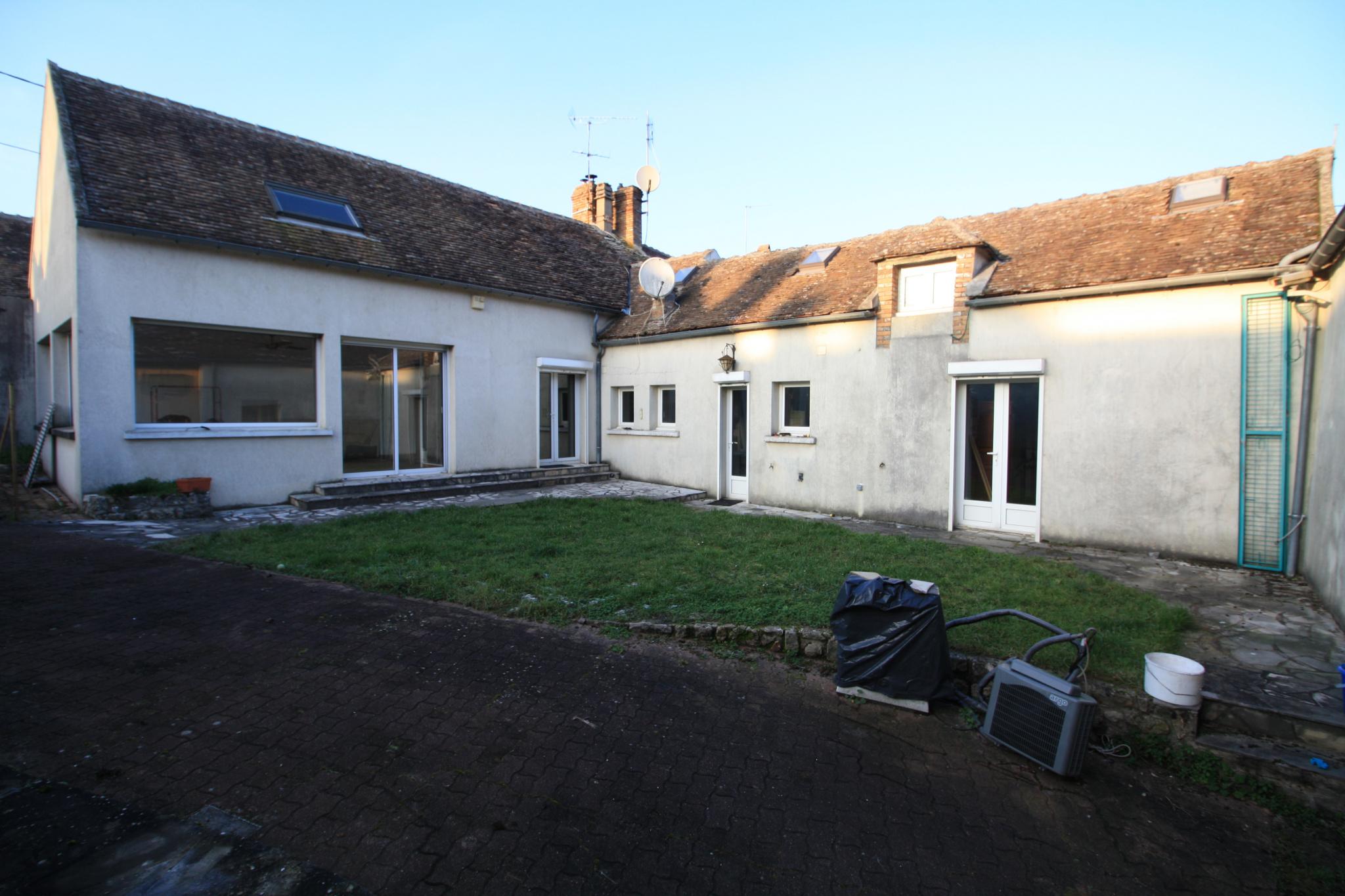 vente Maison 150 m2 4 chambres + Grange 80 m2